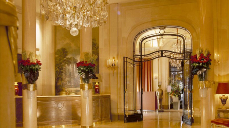 hotel-plaza-athenee-paris